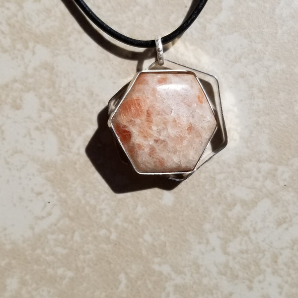 Sun Stone Hexagone Silver Pendant Necklace