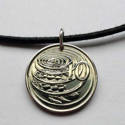 1977 to 2002 Cayman Islands 10 Cents green sea turtle coin pendant tortoise cute Great Caiman ocean beach scuba snorkeling vacation n000467
