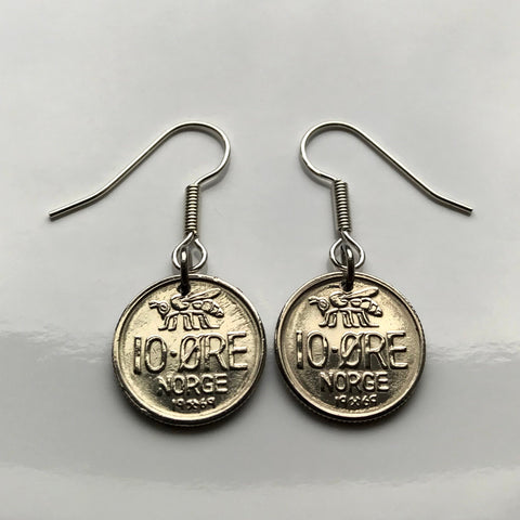 1967 Norway 10 Ore coin earring Norwegian honey bee Oslo bumble bee Stavanger Sandnes Nordic Norse Noreg cute coin fish hook earring e000061
