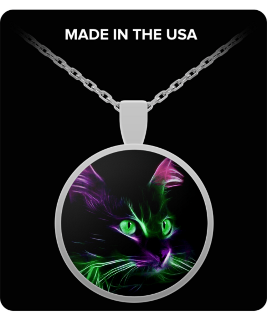 Cute Green Eyed Cat - Round Pendant Necklace