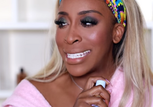 Jackie Aina talks Maybelline Superstay Foundation!