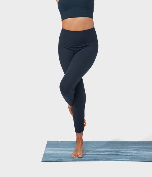 Manduka Apparel - Women's Performance Legging - High Rise W/Media Pocket - Dark Sapphire