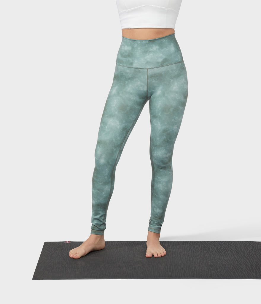 Manduka Apparel - Women's Performance Legging - High Rise Printed - Tie Dye Camo Green