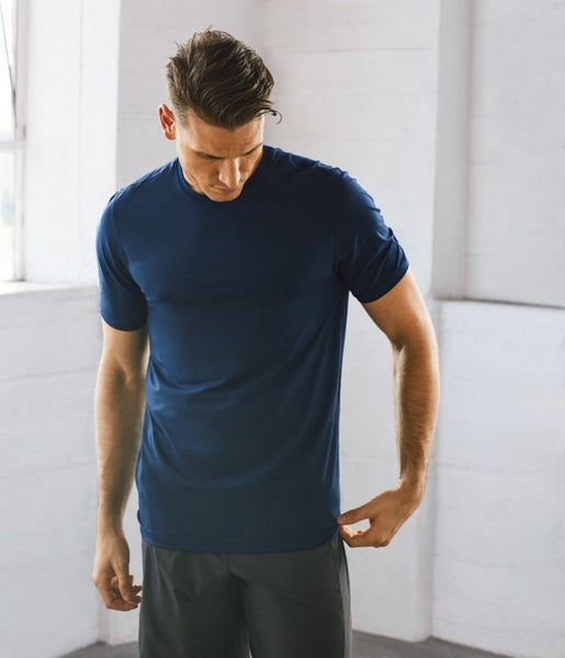 Manduka Apparel - Men's Cross Train Tee 01 - Midnight