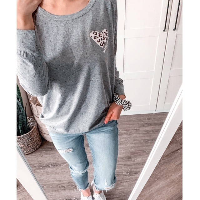 """Mama"" Leopard Heart Ladies Grey Lightweight Wide Neck Top - Size Medium"