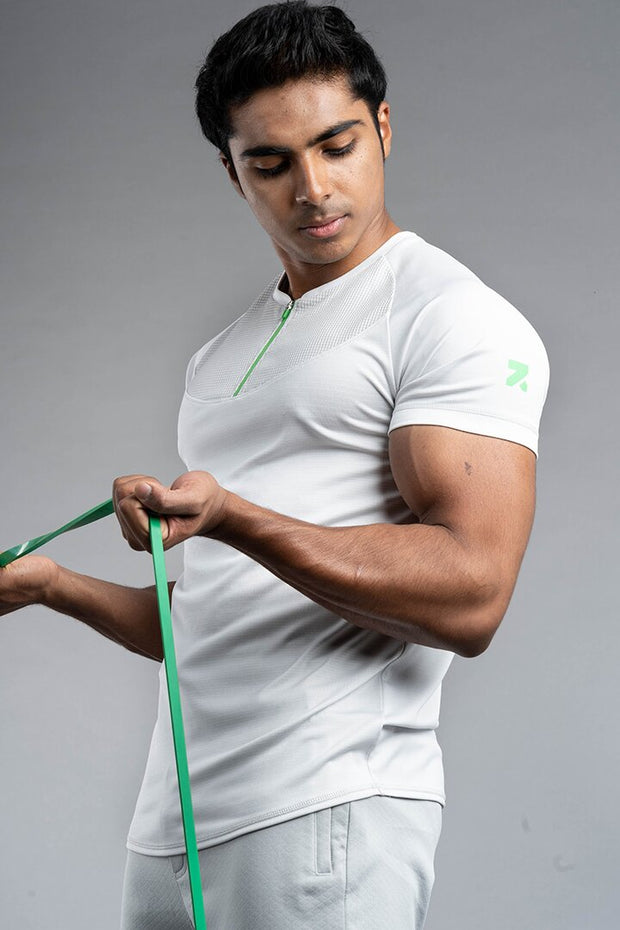 Active T-Shirt For Men With Great Fit With Neon Zipper