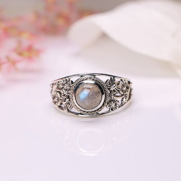 Labradorite Ring - Blooming Flowers