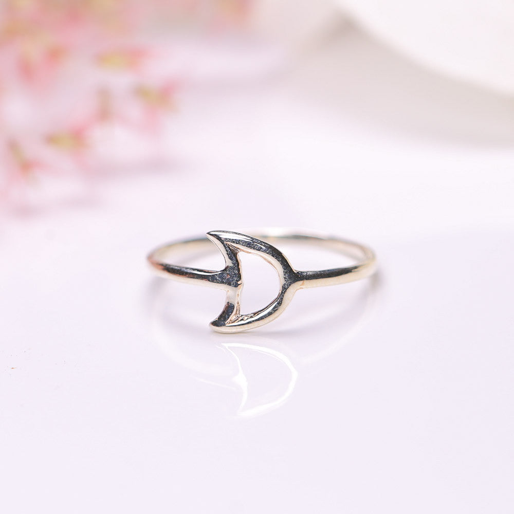 Silver Ring - Crescent Moon