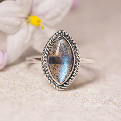 Labradorite Ring - Ancient Wisdom