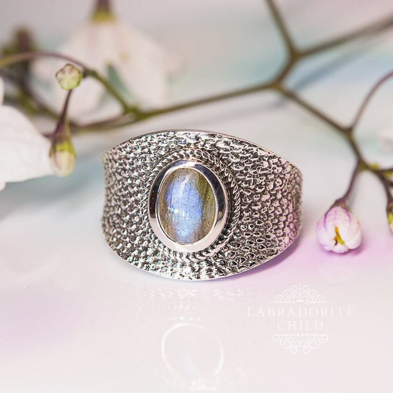 Labradorite Ring - Knowing Force