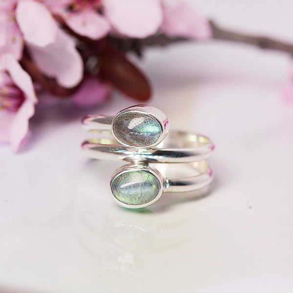 Labradorite Ring - Lover´s Serenade