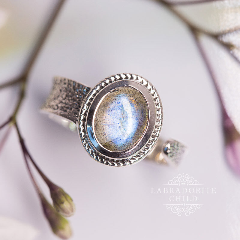 Labradorite Ring - Open Circle