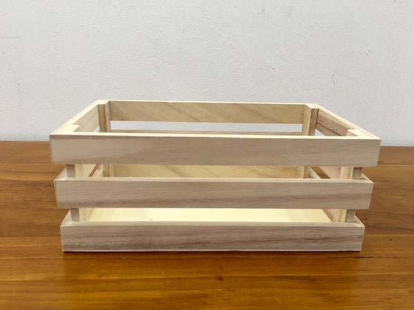 Small wooden crate 2