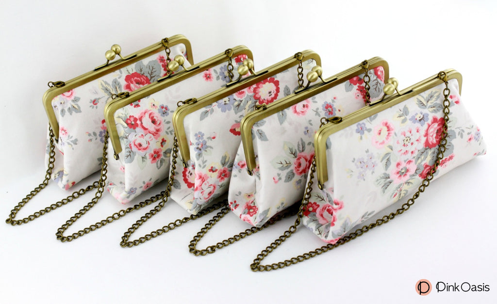 Rose Clutches for Outdoor Garden Wedding | PINKOASIS