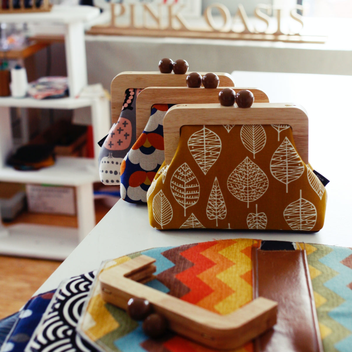 Handmade Clutches and Leather Bags Studio | PINKOASIS