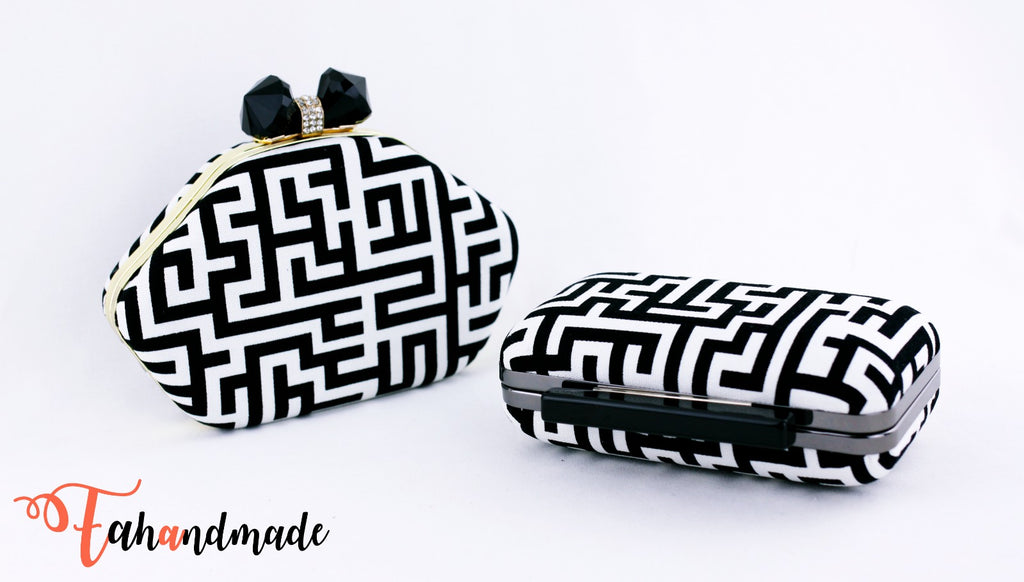 Black and White Maze Pattern Clamshell Minaudiere Clutch