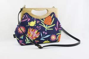 Australian Floral Navy Flower Medium Women's Clutch Bag | PINKOASIS
