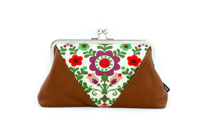 The Spring Garden Kisslock Clutch  | PINKOASIS