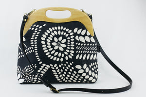 Black & White Dotted Flora Large Wood Frame Bag | PINKOASIS