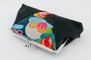 Bush Flora Kisslock Clutch  | PINKOASIS