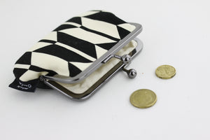 Arrow Pattern Coin Purse  | PINKOASIS