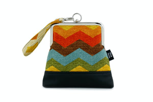 Colorful Chevron Retro Style Women's Wristlet Handbag | PINKOASIS