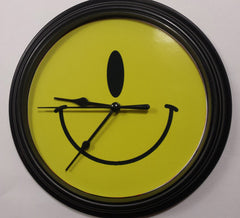 The Button Store • Montreal • Canada • Reassemble a dollar store clock into a custom gift!