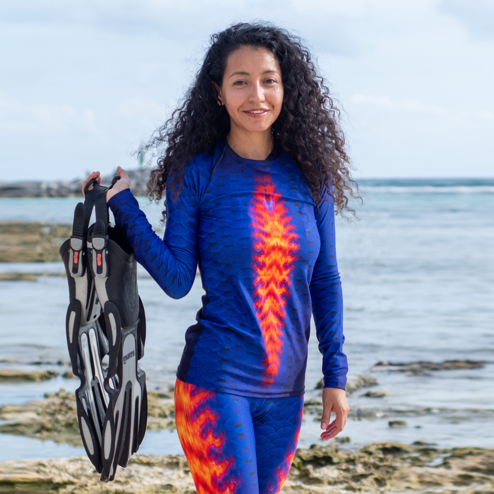 Coral Beauty Angelfish Women's Rash Guard