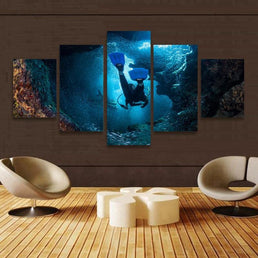 Scuba World Canvas Wall Print