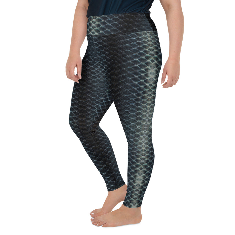 Black Scales Plus-Size Leggings