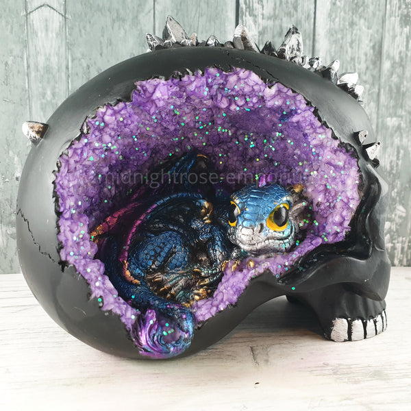 Crystal Cave Purple Geode Skull & Dragon Ornament