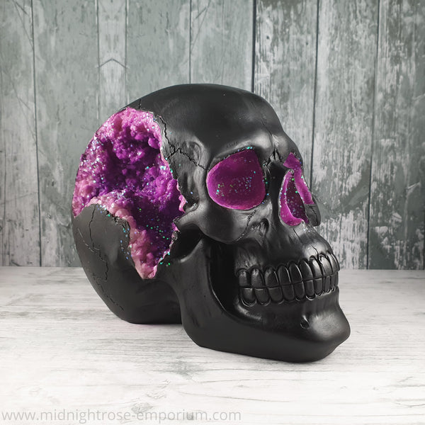 Purple Geode Skull Ornament