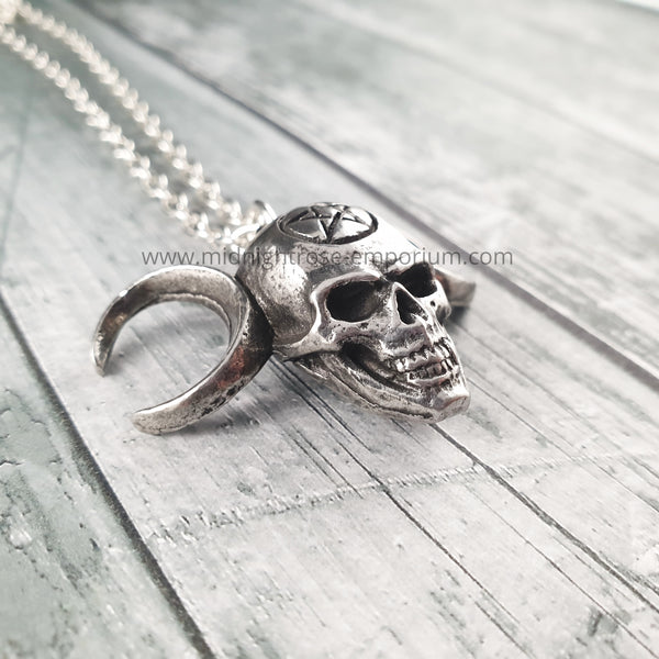 Lune Mystique Skull Necklace