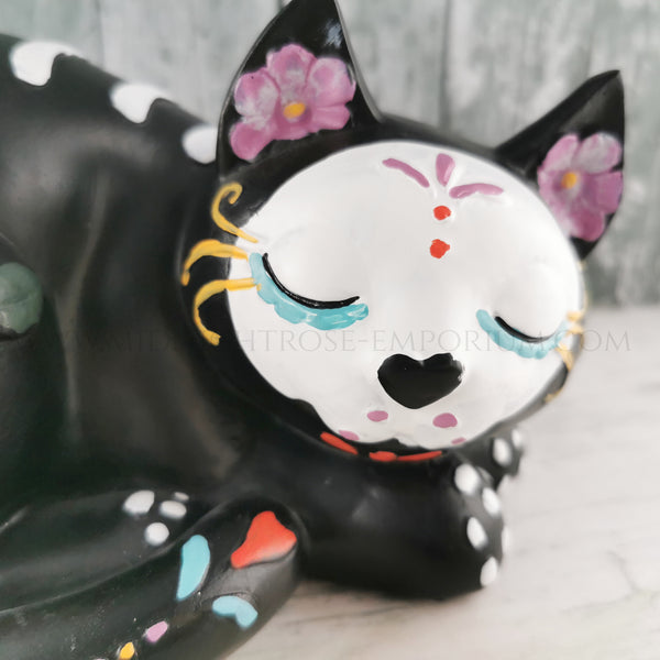 Sleepy Sugar Kitty Ornament