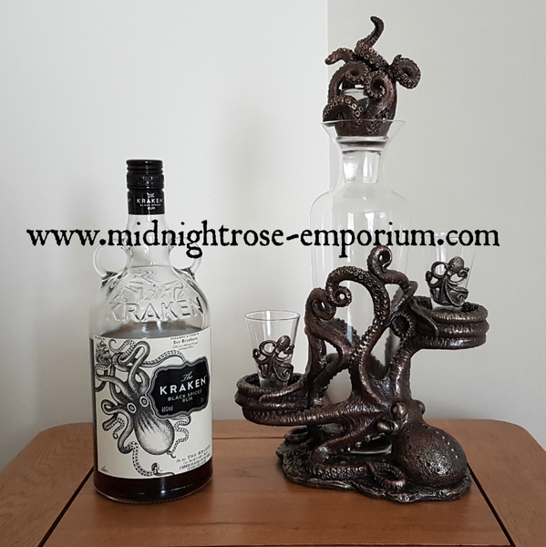 Tentacle Temptation Decanter 40cm