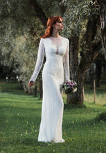 Lataa kuva Galleria-katseluun, long sleeves, open back, lace wedding dress with pearls buttons
