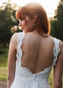 backless wedding dress, open back lace wedding dress with simple chiffon skirt and side slit