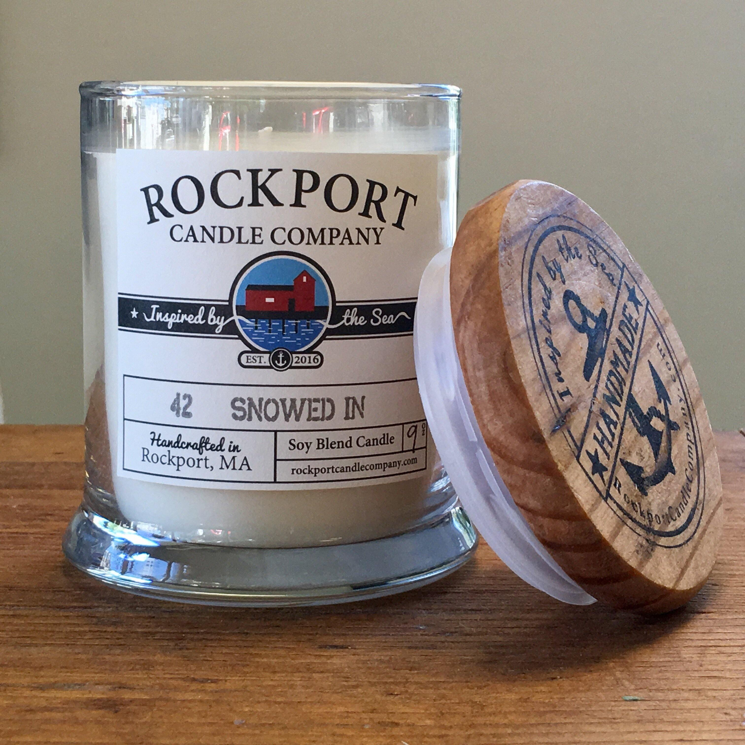 42 Snowed In - Rockport Candle Company