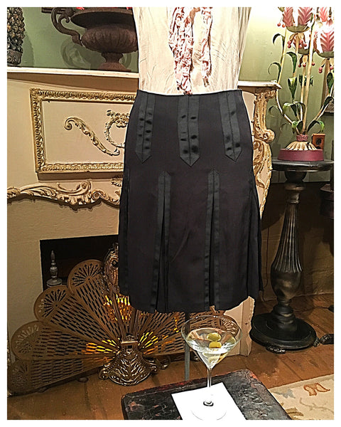 Black Ribbon Trim Skirt Size 4 Small