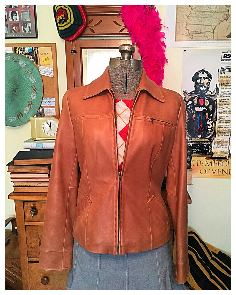 Rory Gilmore Leather Jacket. Dress like the Gilmore Girls! Gilmore Girls clothing, Gilmore Girls fashion.