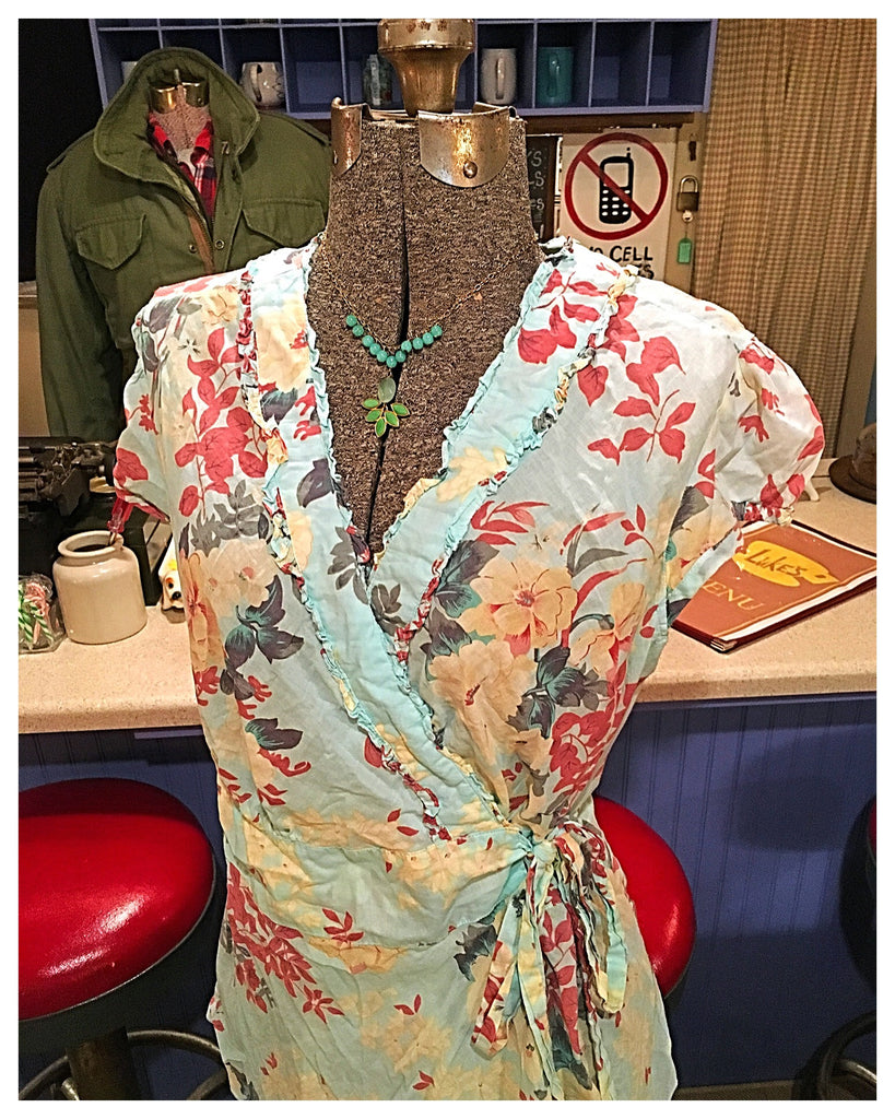 Light Blue Floral Wrap Blouse Top Size 14 / 1X