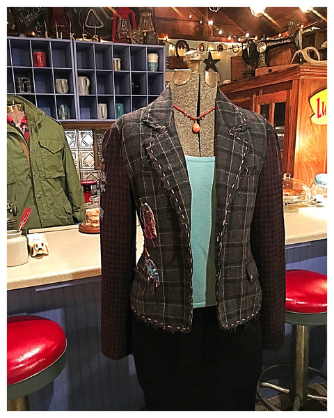 Tweed Embroidered Crystal Studded Skull Jacket Blazer Size Medium