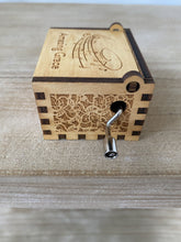 Load image into Gallery viewer, Amazing Grace Custom Music Box