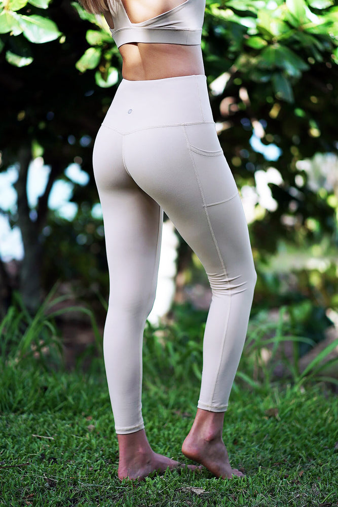 Koa - Terra Sand Pocket Leggings