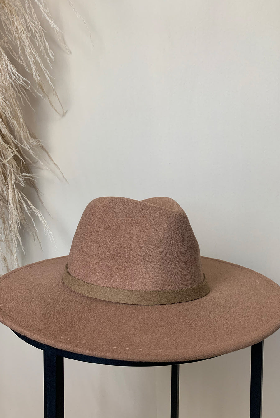 camel brown felt fedora hat