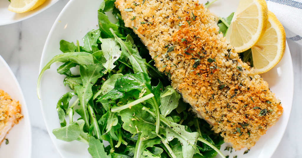 LEAN CRUSTED SALMON WITH LEMON