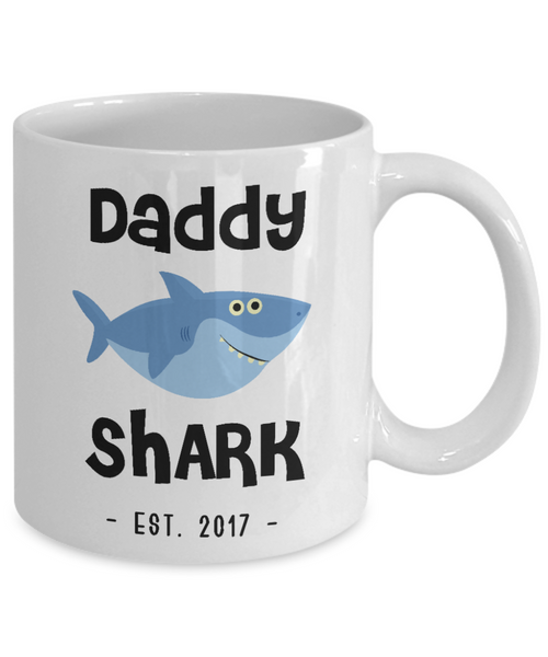 Daddy Shark Father's Day Gifts New Dad Est 2017 Do Do Do Expecting Dad Pregnancy Announcement Ceramic Shot Glass