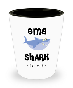 Oma Shark New Oma Est 2019 Do Do Do Expecting Omas Baby Shower Pregnancy Reveal Announcement Gifts Ceramic Shot Glass