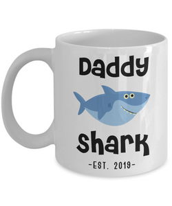 Daddy Shark Mug Father's Day Gifts New Dad Est 2019 Coffee Cup Do Do Do Expecting Dad Pregnancy Announcement