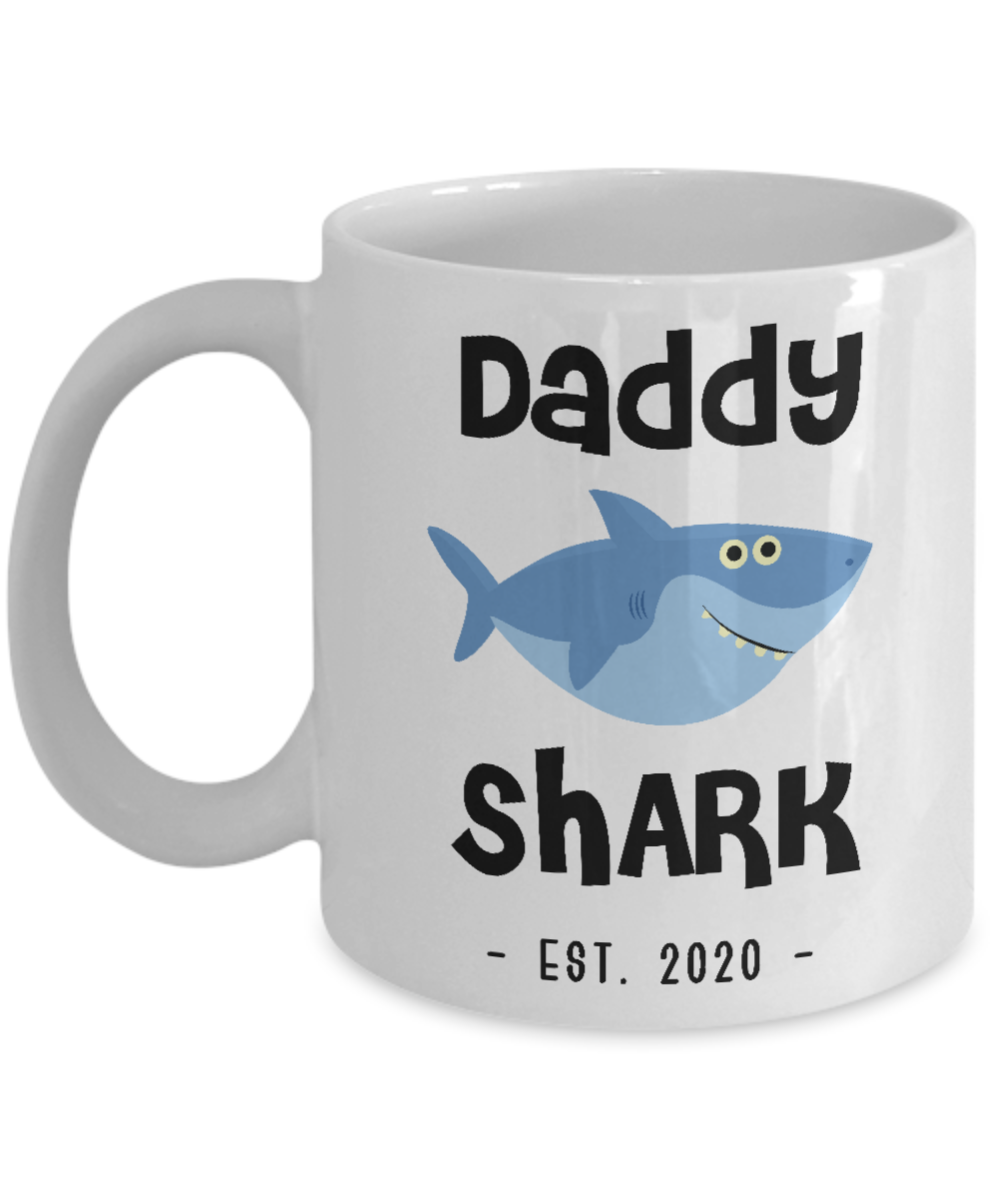 Daddy Shark Mug Father's Day Gifts New Dad Est 2020 Do Do Do Expecting Dad Pregnancy Announcement Coffee Cup